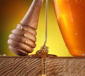 Find New Zealand's prized manuka honey at Hawke's Bay Farmers' Market - YUM YUM YUM!      #NewZealand #Hawke'sBay #ManukaHoney #locumtenens