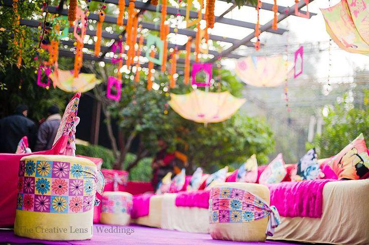 Wedding decorations   Wedding themes   Stage Decoration Floral Design