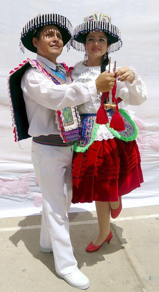 TRAJES TIPICOS DEL PERU Traditional Peruvian Dresses: Kullawada (Puno) http://www.camino-inca.net/