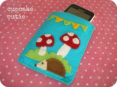 Cupcake Cutie Tutorial: Make a felt case for your iPhone.