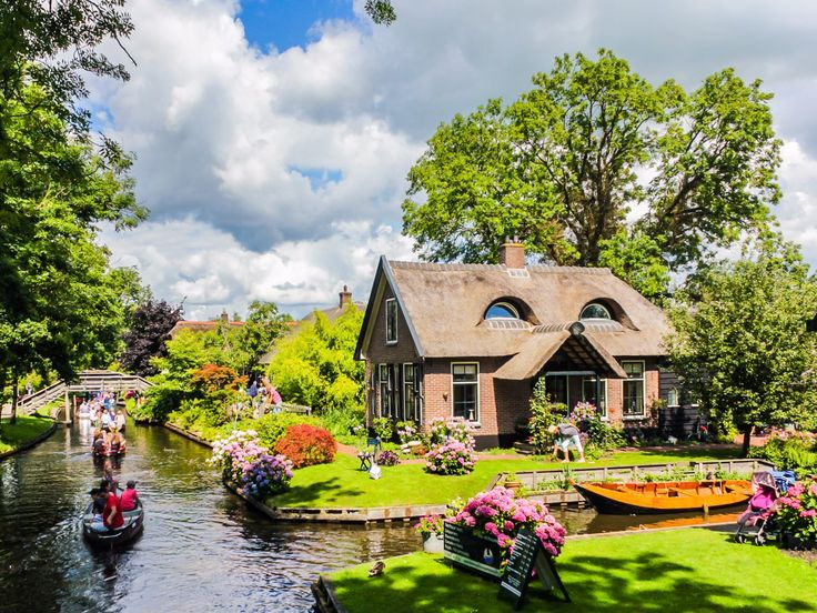 The village is famous for its waterways, which replace roads to connect its various homes, attractions, restaurants, and even its accommodations, to one another.
