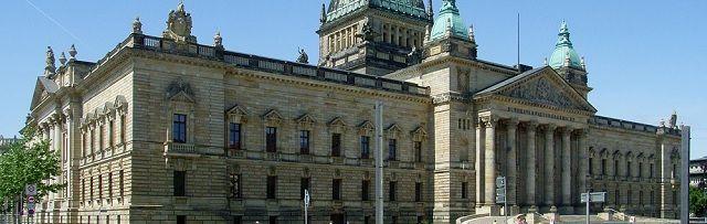 Hooggerechtshof dwingt Duitse parlement UFO-geheimen vrij te geven - http://www.ninefornews.nl/hooggerechtshof-dwingt-duitse-parlement-ufo-geheimen-vrij-te-geven/