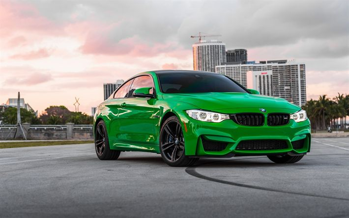 Download wallpapers BMW M4, green sports coupe, tuning, black wheels, F83, BMW