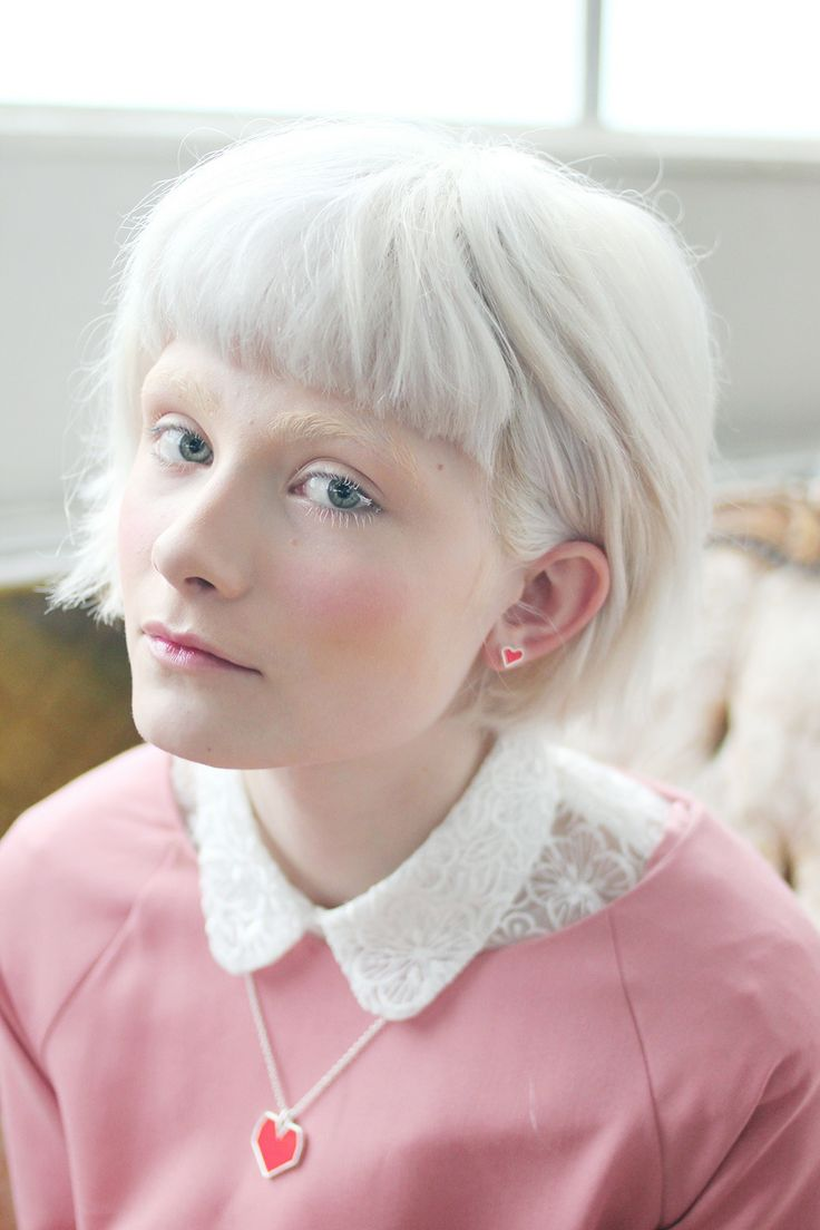Best 25+ Short white hair ideas on Pinterest   Short ...