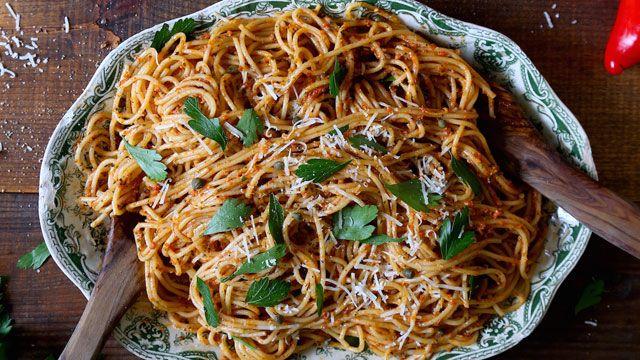 Gebratenes Pesto-Rezept des roten Pfeffers   – Sauces, Pestos & Dressings