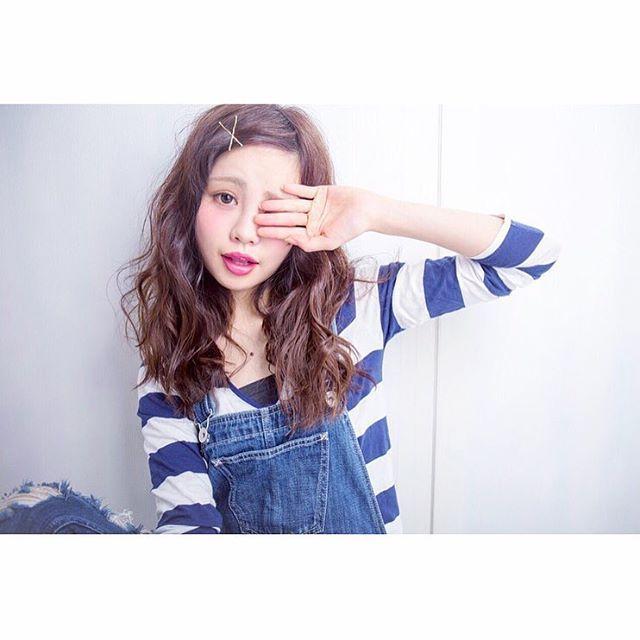 動画で学ぶ♡オシャレで可愛い前髪ヘアアレンジ8選 - Locari(ロカリ)