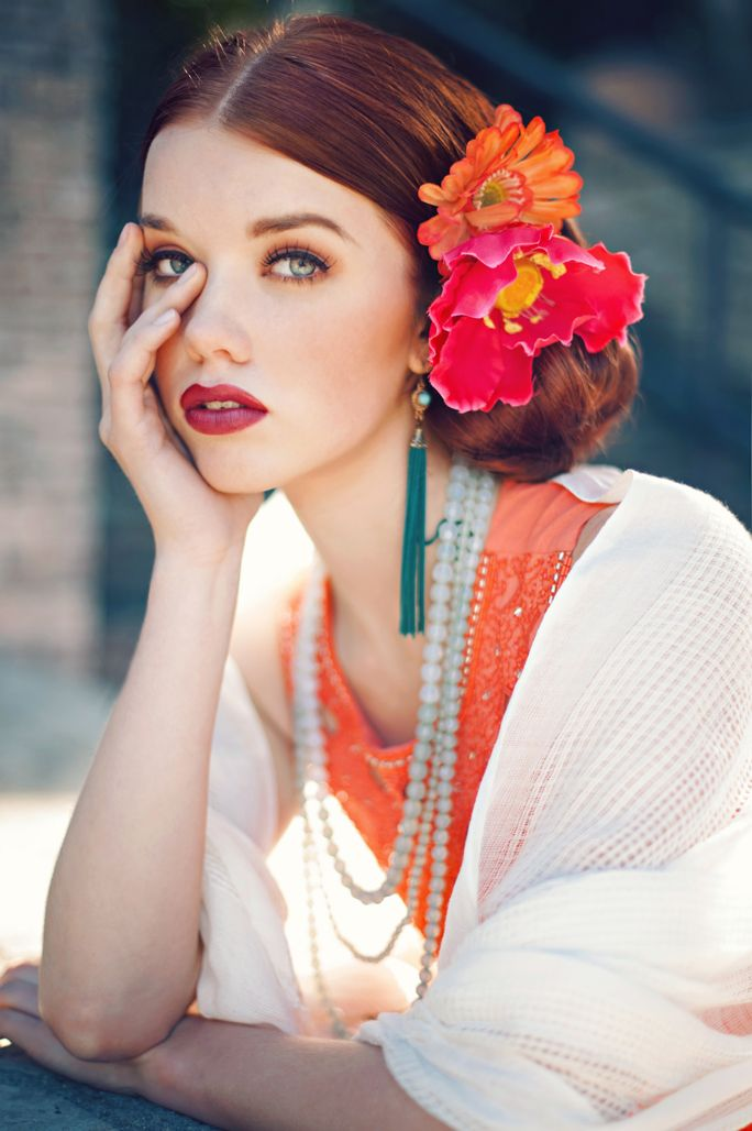 Love the flowers, necklace and earrings.   Ana Rosa