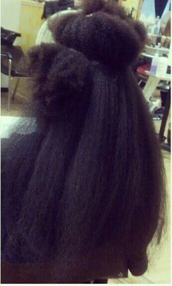"4c hair stretched ""this is what you call shrinkage"""