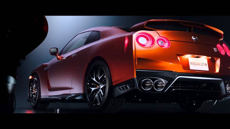 「NISSAN GT-R」 2017年モデル | Nissan's MY17 GT-R unveiled at NYIAS