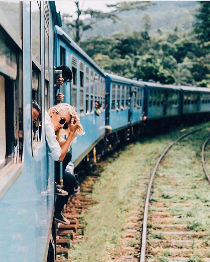 Prenez le train en marche... Rejoignez des copines de voyage destination Bali ! #train #vie #Bali #couleurs #filles #entrecopines #entrefilles