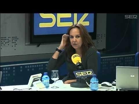 La escritora María Dueñas presenta en el programa 'La Ventana' su nuevo libro, 'Misión Olvido'.