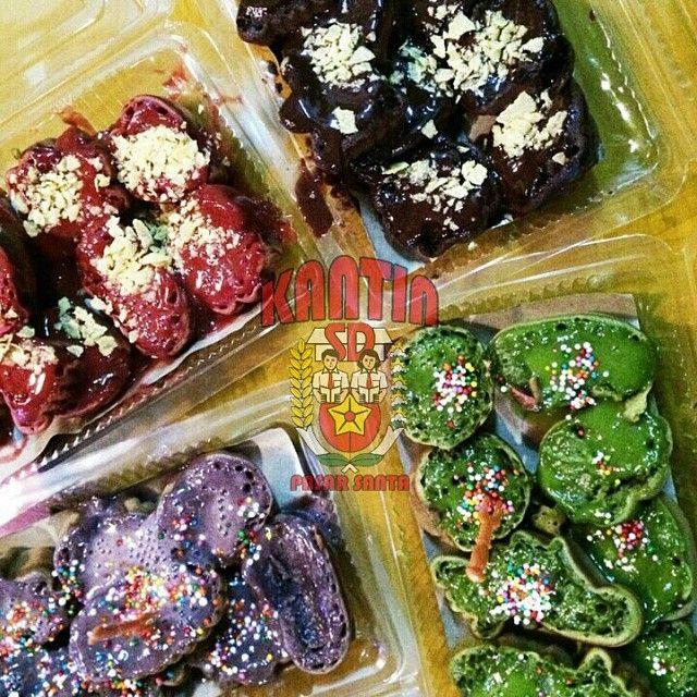Kue Cubit Kantin SD / Photo Source: @kantinsd #foodporn #restaurant #pasarsanta #jakarta #culinary #food #pasar #santa