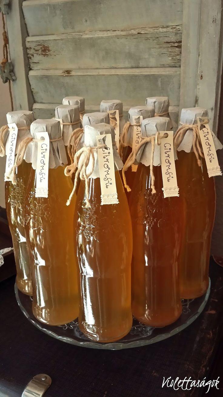 Sokan kértétek tőlem a citromfű szörp receptjét. (A bodza és a hárs szörpöt is így készítem bodza vagy hárs virágból.) Hozzávalók: ...