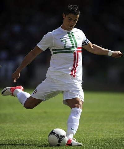 Best Celebrities Fashion Images On Pinterest Searching - Cr7 hairstyle euro 2012