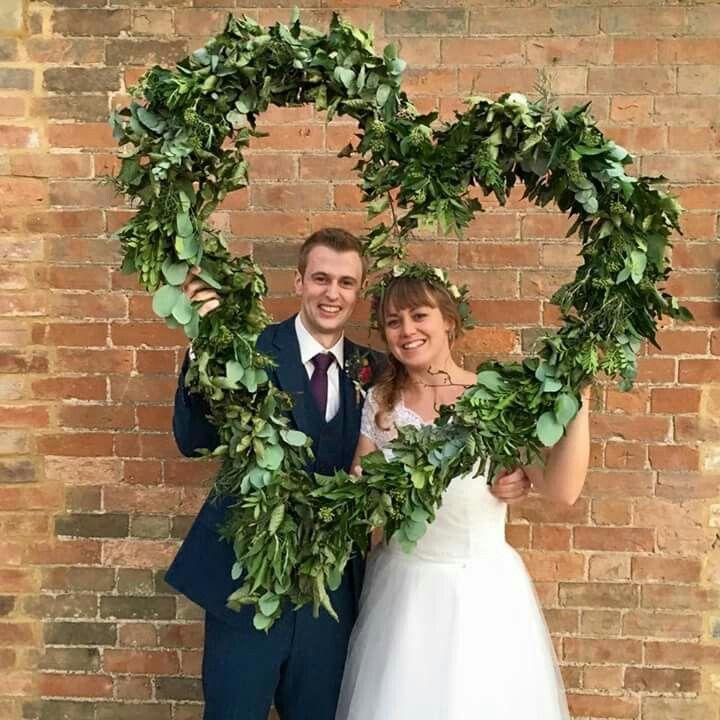 Foliage heart at the wedding