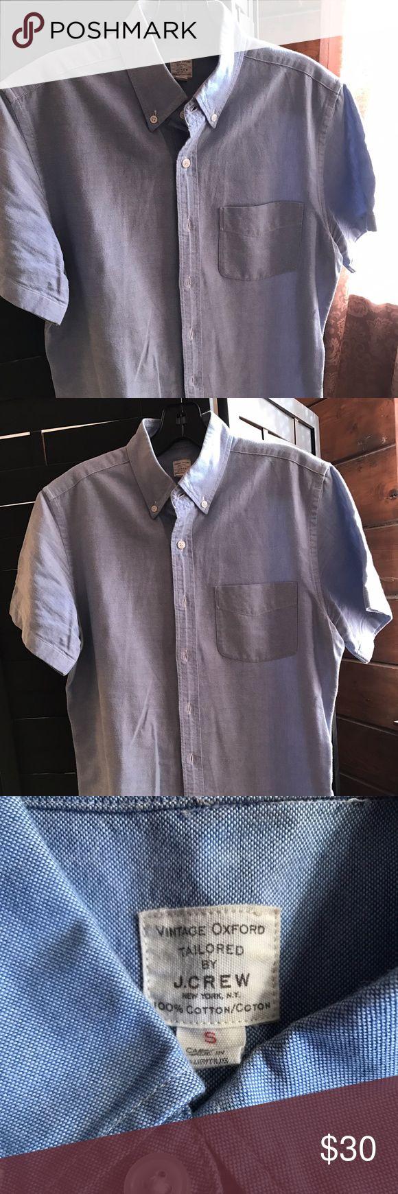 J Crew short sleeve. Vintage Oxford. #poshman J Crew short sleeve. Vintage Oxford. #poshman J. Crew Shirts Casual Button Down Shirts