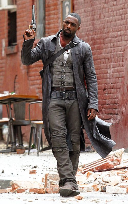 shadowoftheforce: Idris Elba on set of The Dark Tower