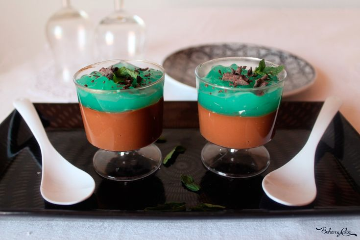 Bicchierini di mousse menta e cioccolato