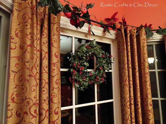 Decorating A Red Dining Room For Christmas