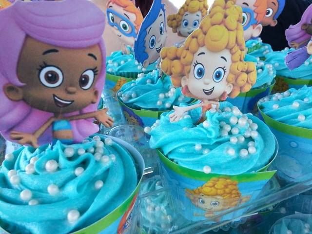 Bubble Guppies Cupcakes--- got the cupcake wrappers from Nick-Jr site & the toppers for free (You can find them on my Fin-tastic Bubble Guppies Board)