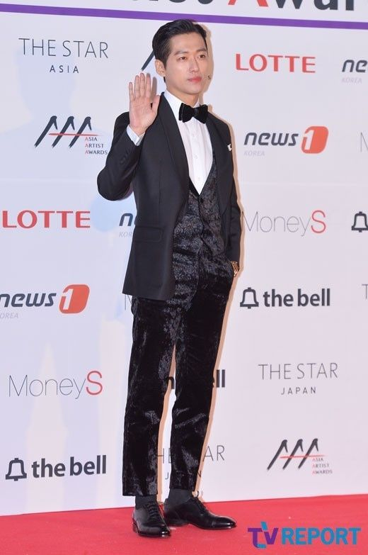 【PHOTO】ソ・ガンジュン&パク・ヘジン&チョ・ジヌン&CNBLUE イ・ジョンシンら「2016 Asia Artist Awards」レッドカーペットに登場(総合) - ENTERTAINMENT - 韓流・韓国芸能ニュースはKstyle