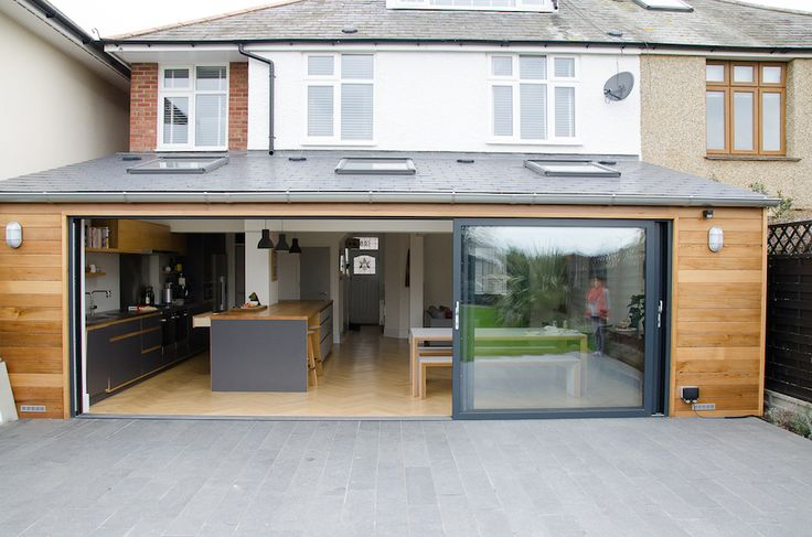 Smart Visoglide plus anthracite grey aluminium sliding doors we installed in Kent.