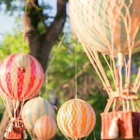 Manualidades para Baby Shower con globos aeroestáticos naranjas