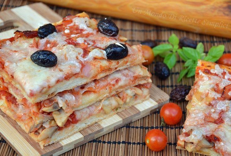 L'impasto pizza sottile e friabile vi conquisterà, l'aggiunta del burro la rende molto gustosa. Ottima anche il giorno dopo.Conditela come più vi piace.