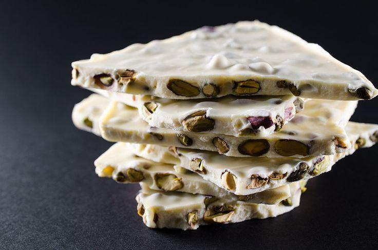 laboratorio professionale cioccolateria - cioccolato bianco e pistacchi