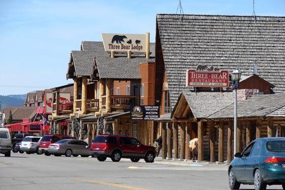 Three Bears Restaurant West Yellowstone