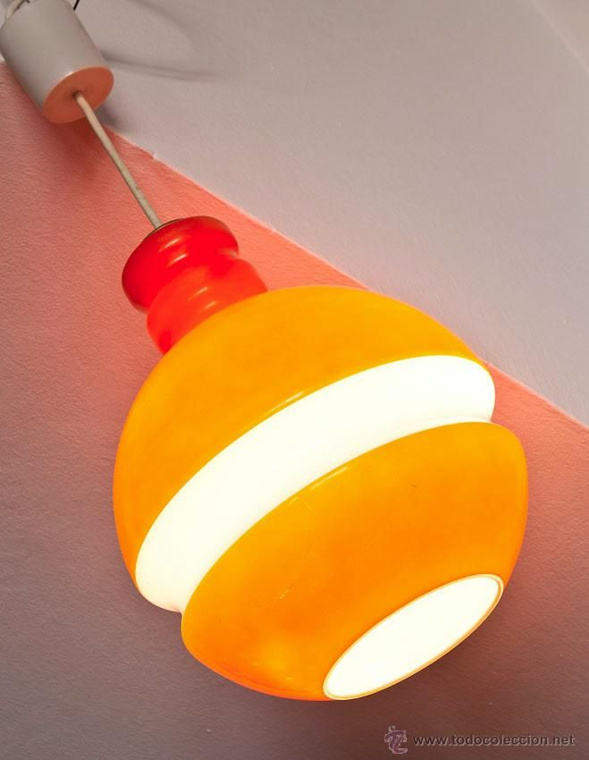 Lámpara de techo años 60. 70 €