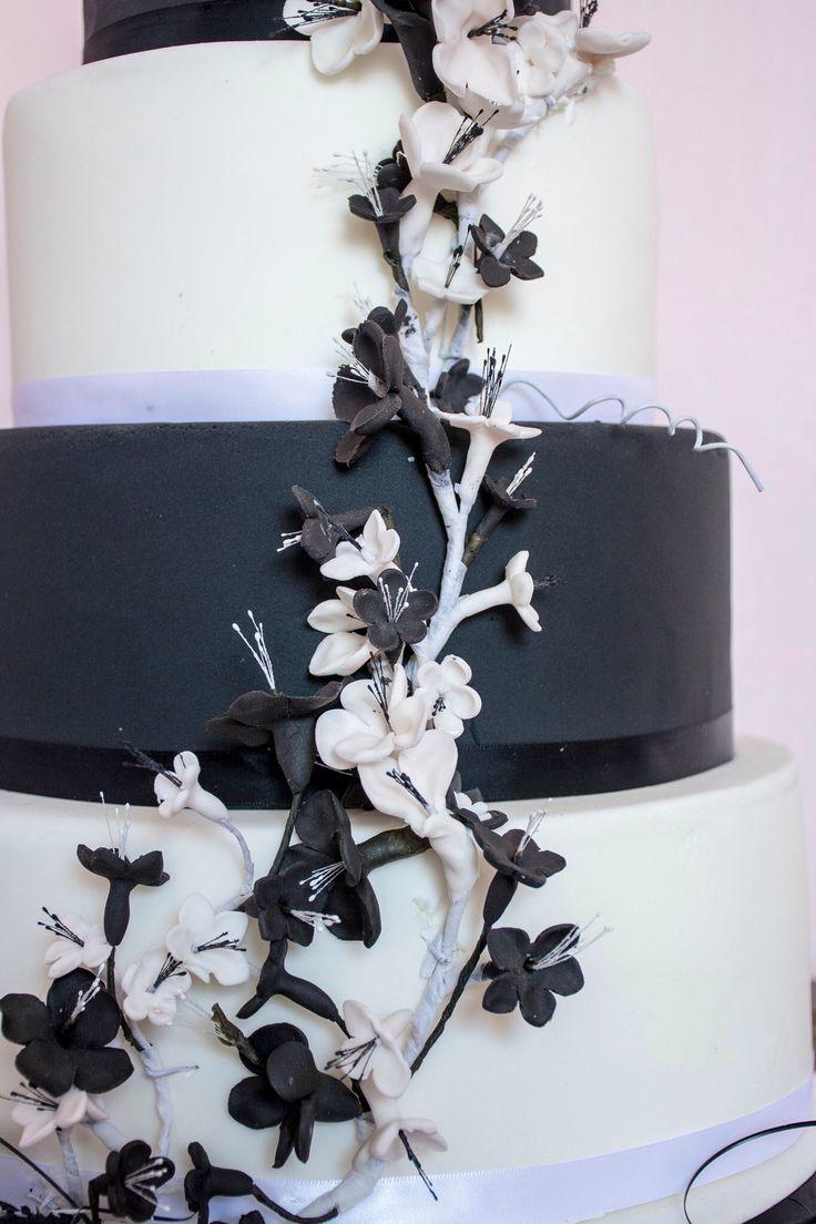 Monochrome blossom cake