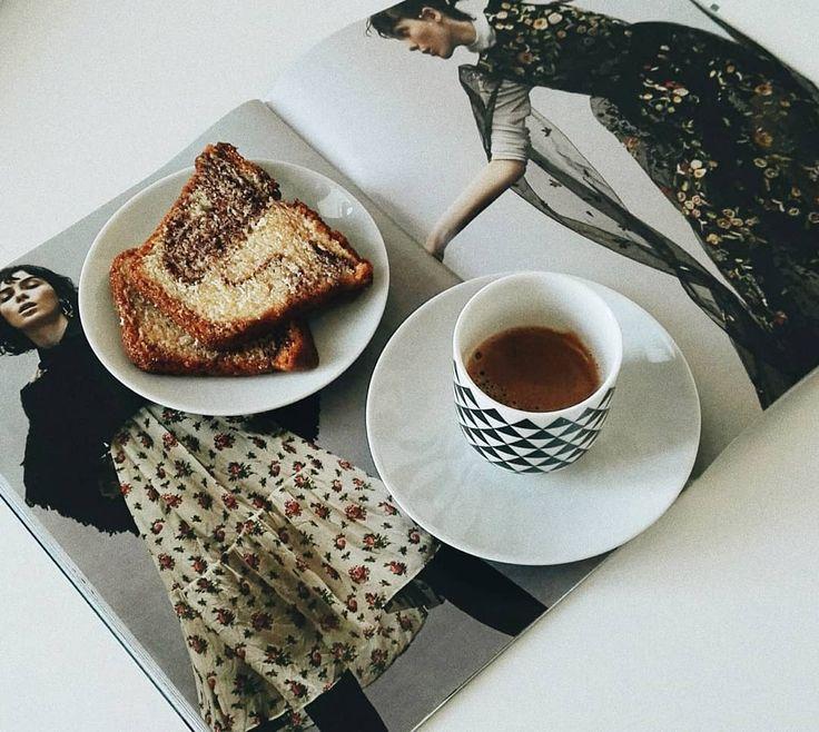 """""""Mi piace"""": 823, commenti: 30 - Federica De Martino 🎀 (@effi_dm) su Instagram: """"Goodmorning ☕ Buon inizio settimana 💕 . . . . . #goodmorning #monday #coffee #fashion #love…"""""""