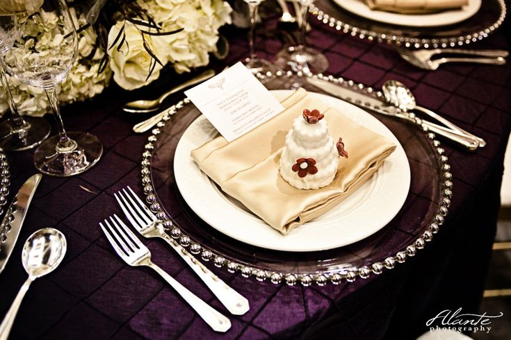 Love this place setting. #absolutejoy    Purple and Silver Wedding Decor