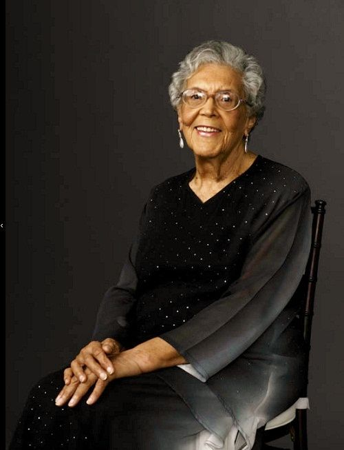 """""""Even as a young girl, Elizabeth Catlett knew she wanted to be an artist. This aspiration -- at a time when few African American women were practicing artists, and art museums in the South were closed to African Americans -- is a testament to her family's support and commitment to education. Against all odds, she tenaciously pursued her vision despite the denial of educational and exhibition opportunities to African American artists at that time."""" - portrait by Kwaku Alston"""