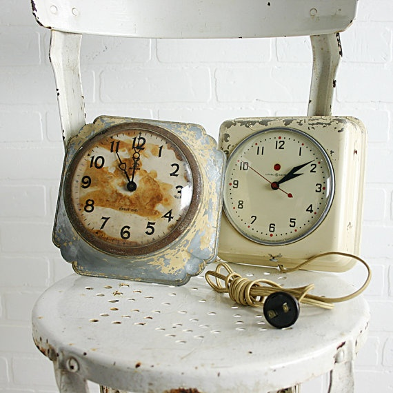 vintage wall clocks on etsy