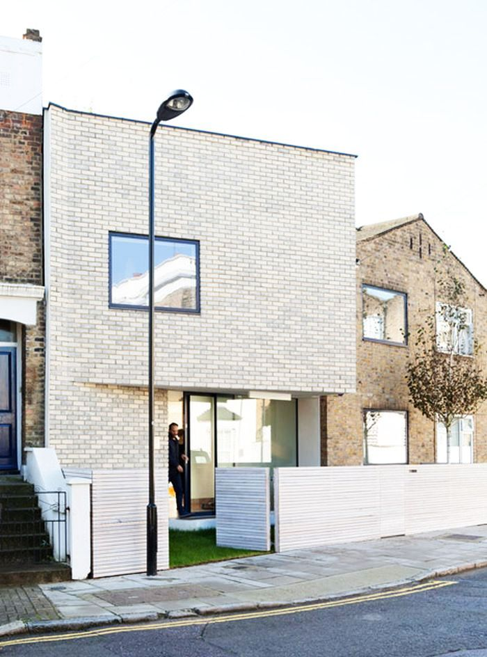 Unique Brick Extension for Mid-century House in Stoke Newington, London