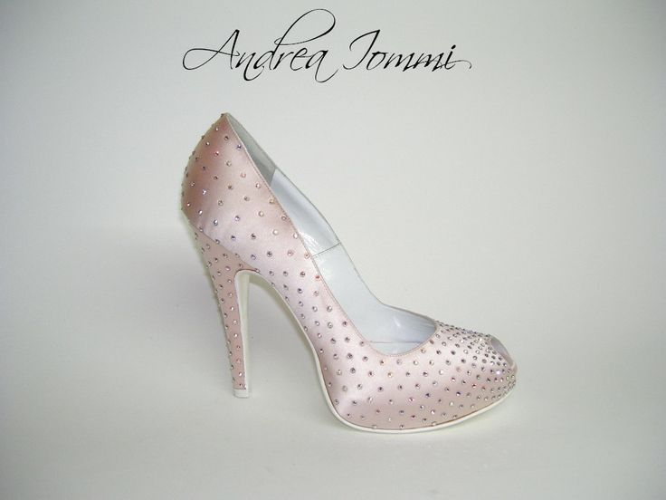 scarpe sposa. peep toe platform. raso seta rosa. tacco 12 cm. Swarovski hotfix a/b. Platform 2 cm interno.  www.andreaiommi.it