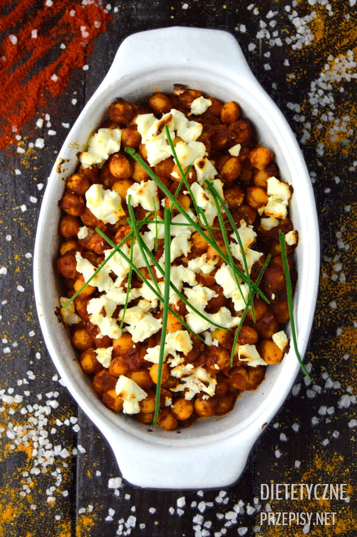 Ciecierzyca – przepis na zapiekaną cieciorkę z pomidorami i serem feta