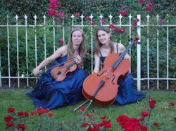 Gaat u binnenkort trouwen? Live klassieke muziek bij de ceremonie maakt de sfeer nog mooier en persoonlijker. Stelt u zich voor: muzikale begeleiding bij binnenkomst van de bruid, een mooi stuk na de...