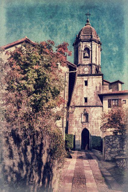 Lesaka - San Martín de Tours Iglesia Church