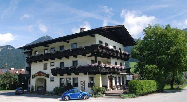 Hotel Alpenblick - #Hotel - $95 - #Hotels #Austria #Schlitters http://www.justigo.org.uk/hotels/austria/schlitters/alpenblick-schlitters1_41404.html