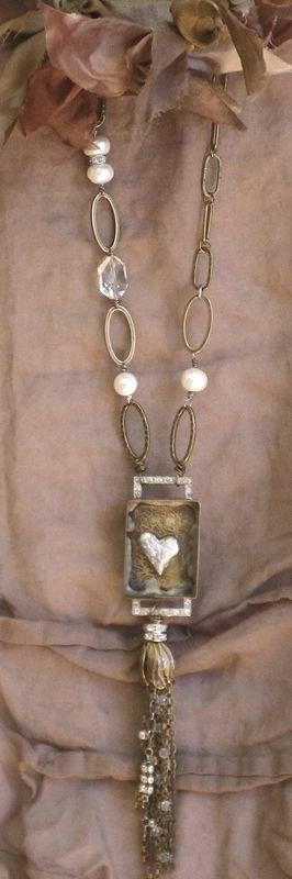 ❥ heart jewelry I love the rustic nature of this piece. But where do they get the boxes? Is it a watch case?