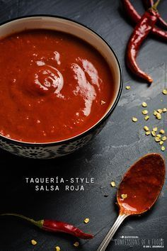 Confessions of a Foodie: Taqueria-Style Salsa Roja