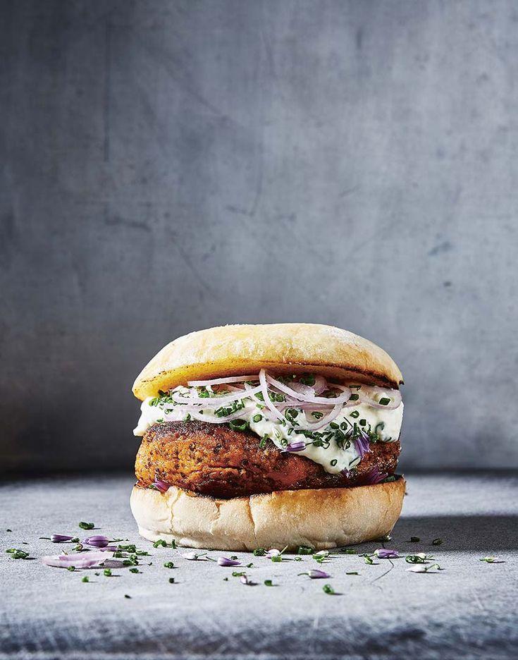 The Tastiest Quinoa and Sweet Potato Veggie Burger + Giveaway – Design*Sponge