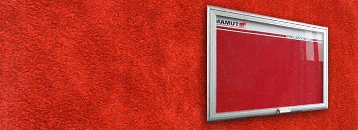 Cartelera abatible aluminio con acrilico.