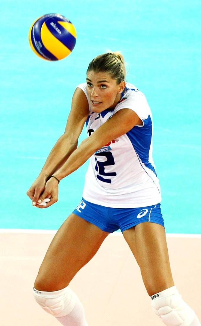 Francesca Piccinini Italy From Hot Bods Olympics Edition In 2020 Female Volleyball Players Volleyball Pictures Volleyball Poses