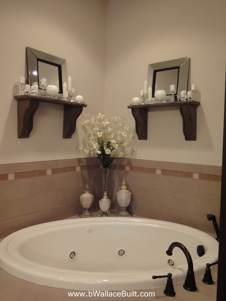 Large corner tub in the master bathroom.  Like this more than a big whirlpool tub.