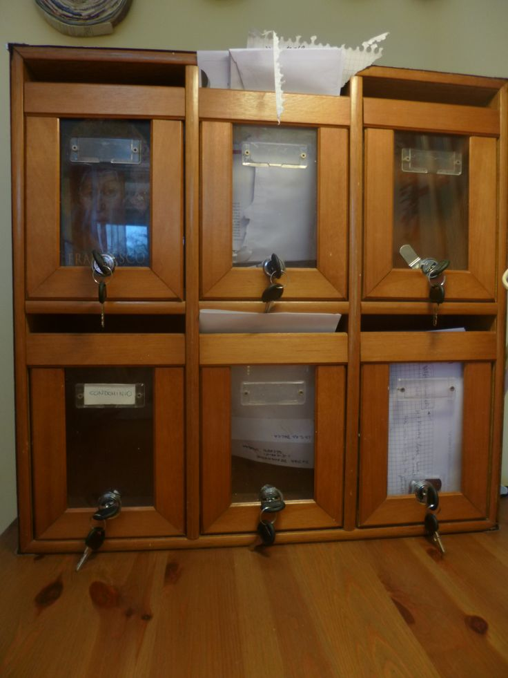 #vintage Cassette delle poste trasformato in porta documenti