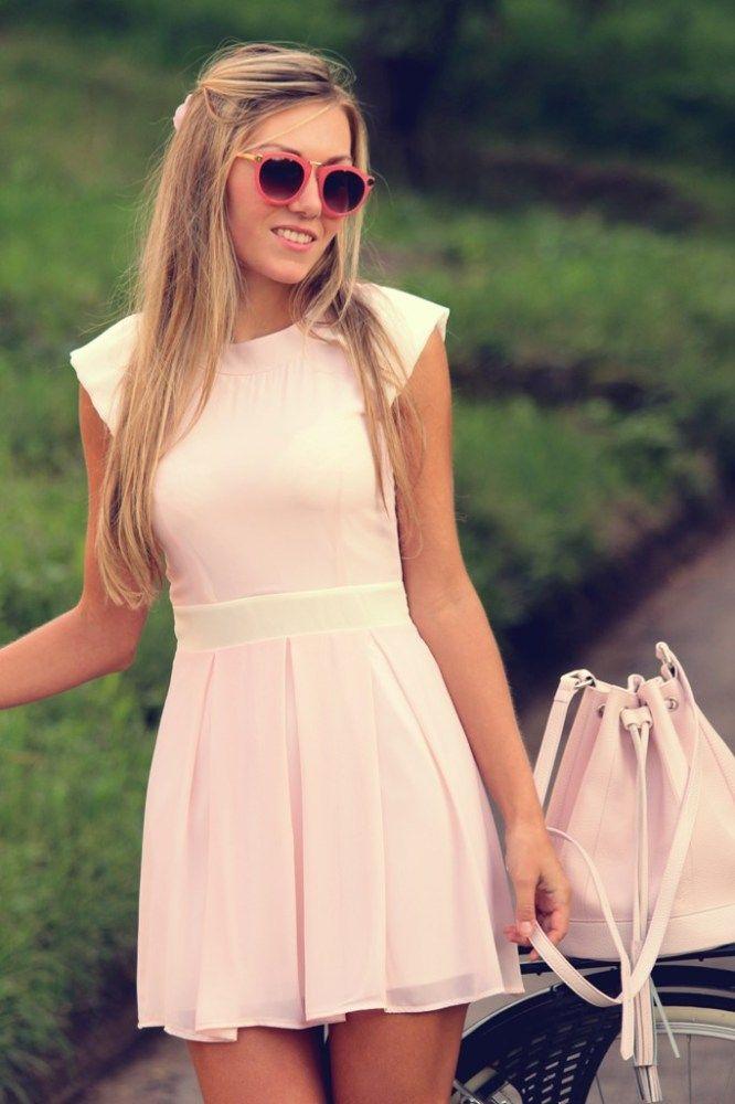 WalG pale pink dress